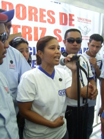 Workers of Vivex expressing solidarity