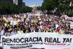 Real Democracy now! Photo: arribalasqueluchan