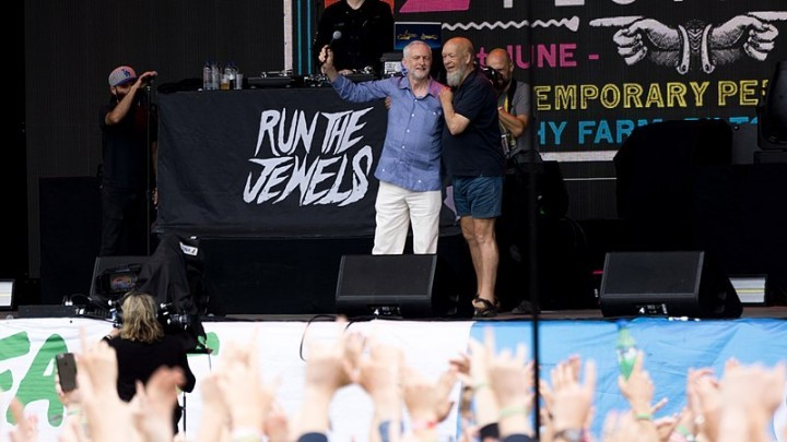 Corbyn Glasto Image Raph PH