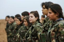 female-kurdish-fighters-insyria