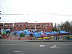 Homeless tent city in Seattle Washington - Joe Mabel CC BY-SA 3.0