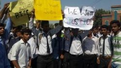 Bahawalpur-Students-Protesting-against-Bogus-Results-of-Intermediate-part-One-Examination-4