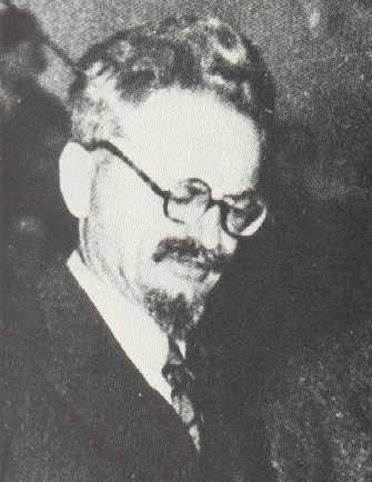 trotsky1932
