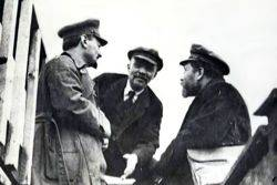 Trotsky, Lenin and Kamenev at the 1919 Party Congress