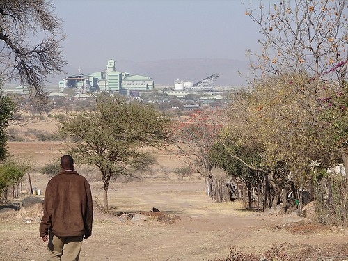 The entire land restitution/redistribution programme in South Africa is being bedevilled by a mixture of feudalist and capitalist land rights. Photo by Liane Greeff on flickr.