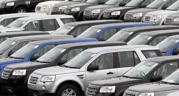 The Financial Crisis and the Auto Sector