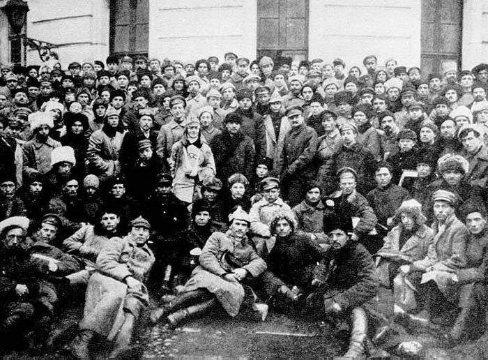 Trotsky and Lenin with soldiers in Petrograd Image public domain