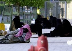 saudi-beggars-living-on-the-streets
