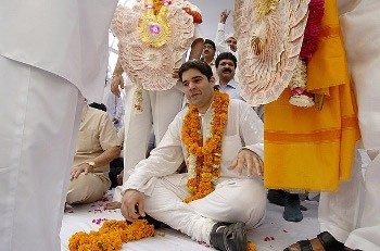 Right-wing nationalist party BJP has backed Varun Gandhi's (above) hate campaign against muslims.