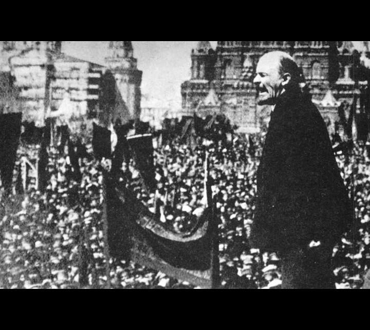 Lenin addressing crowd 1918