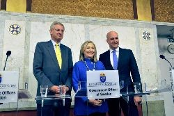 Bildt, the Swedish Foreign Minister, Clinton, US Secretary of State, and Reinfeldt, Swedish Prime Minister, at a recent meeting in Stockholm. Photo: US Embassy