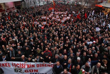 Turkey: AKP government destabilised by TEKEL workers - Turkish workers waking from years of slumber