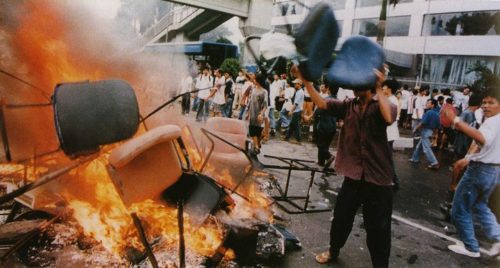 Jakarta riot 14 May 1998 Image Office of the Vice President