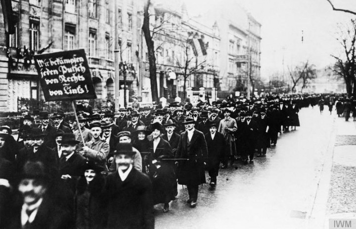 German Revolution 1918 1919 e1548963643393 Image public domain