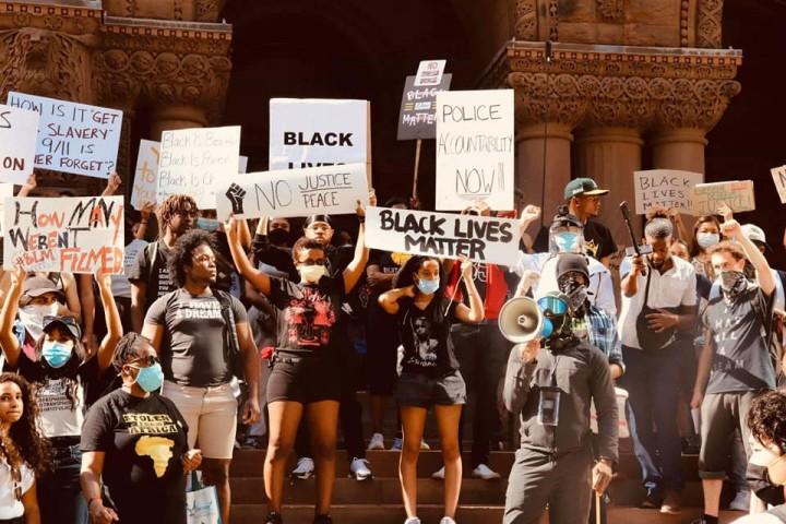 在美國發生的這場運動還不能說是一場革命,但毫無疑問這場運動具有革命性的涵義。//圖片來源:own work