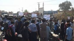 Lodhran-Students-Protesting-against-Bahawalpur-Board-for-Discrepencies-in-Intermediate-Part-One-Examinations-5