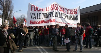 Italy: 150,000 people march against new US base