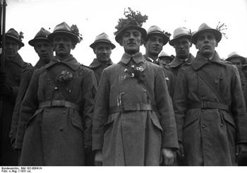 Members of the Heimwehr (Photo by Deutsches Bundesarchiv on Wikipedia)