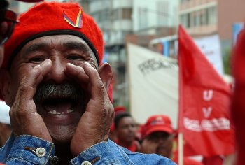 Latin America is in the throes of a revolutionary movement from Tierra del Fuego to the Rio Grande with Venezuela in the vanguard. Photo by Immigrante a media jornada on Flickr.