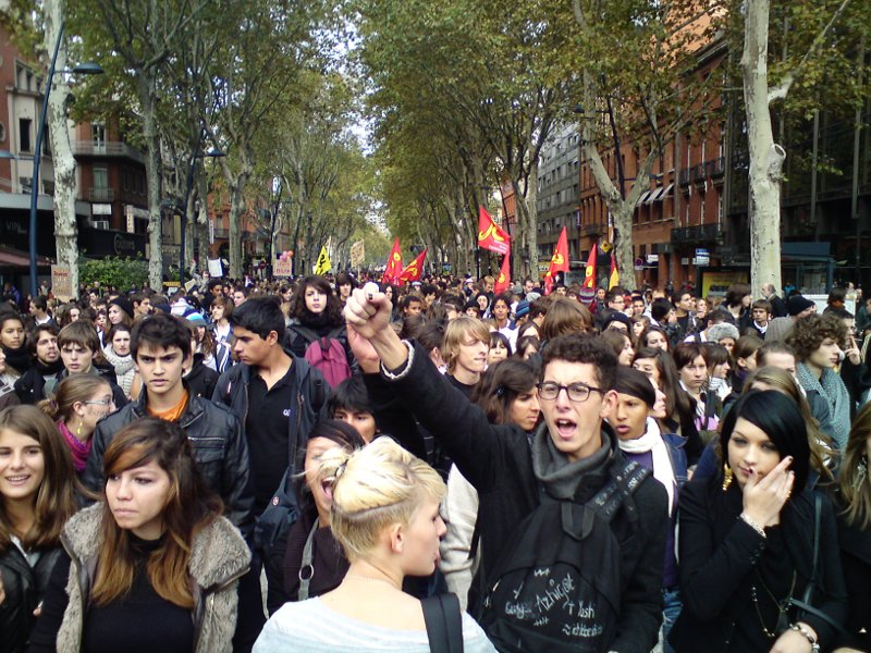Youth protesting in France