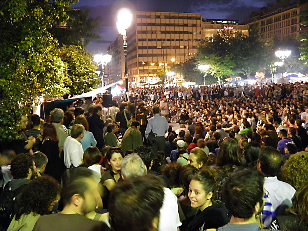 Night-time assembly at Syntagma Square, May 28. Photo: Ioannis Poulopoulos