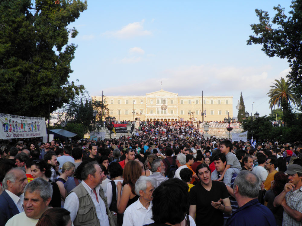 In front of Parliament, May 29. Photo: Ioannis Poulopoulos
