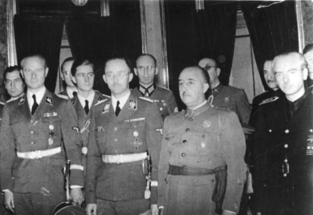 Heinrich Himmler and Francisco Franco wikipedia.orgwikiFrancisco Franco media FileCOLONBundesarchiv Bild 183 L15327 Spanien Heinrich Himmler bei Franco.jpg