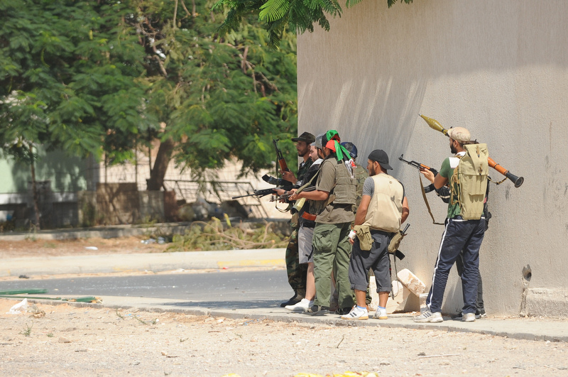 Militia fightin Ghadaffi loyalists in Tripli - Photo:Ammar Abd Rabbo