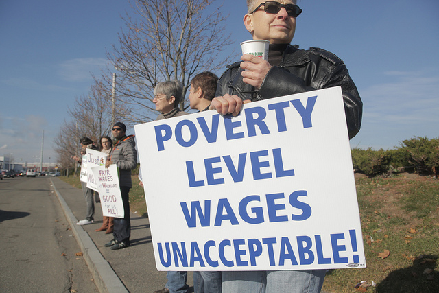 life struggle on minimum wage Twenty-two respondents said that they struggle to make ends meet  multiple  living wage reports suggest that many workers at bowdoin may.