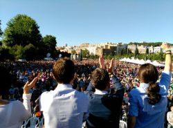 podemos-mass-meeting