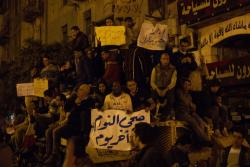 January 29, protesters fraternising with soldiers. Photo: Philip Rizk.