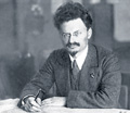 trotsky 1918 desk th
