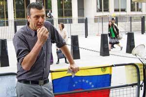 boliviapicket2008-09-17_11.jpg