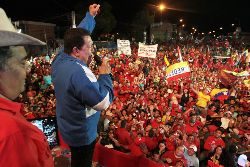 Chavez at rally, September 2012. Photo: chavezcandanga