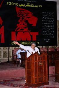 الرفيق لال خان يقدم خلاصات النقاش حول باكستان
