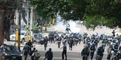 Represión. 7 de octubre. Photo by G. Trucchi.