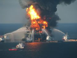 Deepwater Horizon on fire. Photo by US Coast Guard.