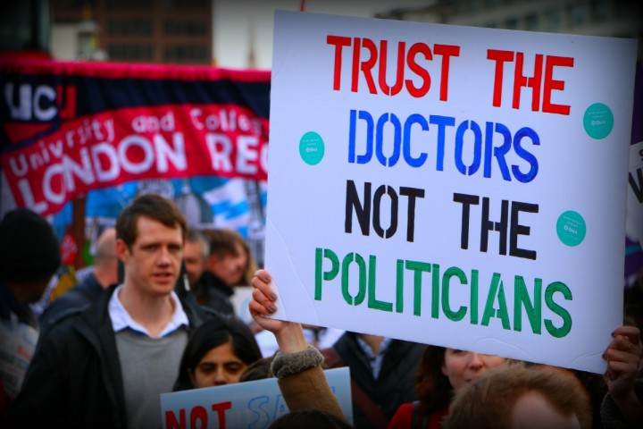 TrustTheDoctors Image Socialist Appeal
