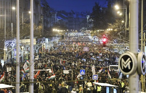 The protest the government says has no support blocks the most of downtown Budapest Image