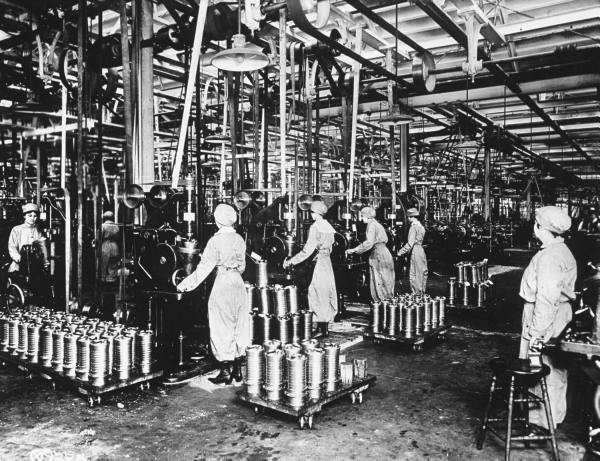 WWI Women Aircraft Factory