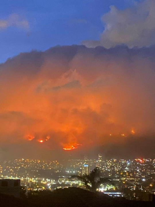 Cape Town Fire 2 Image own work