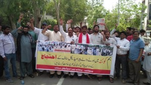 Lahore Paramedical Staff Protest against police brutality on Balochistan health workers in Quetta 5