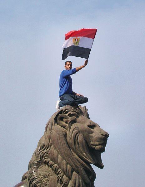 埃及的鬥爭既受到國際革命運動的啟發,也隨後啟發了其他世界運動。//圖片來源:Kodak Agfa