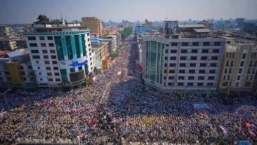 來自緬甸公民抗命運動的推特賬戶