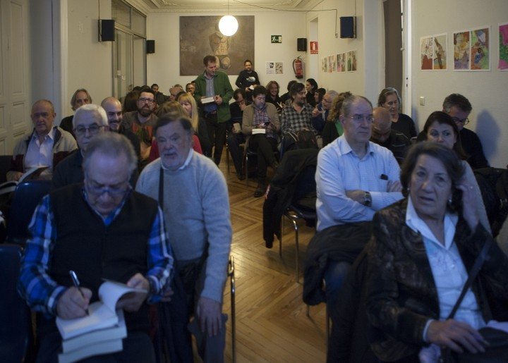 Crowd at Madrid launch of Stalin Image own work
