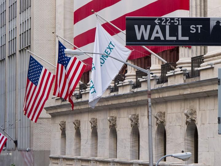 Wall Street New York Stock Exchange Image Carlos Delgado