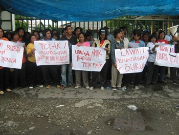 Workers at PT Timur Selatan in Indonesia occupied their factory
