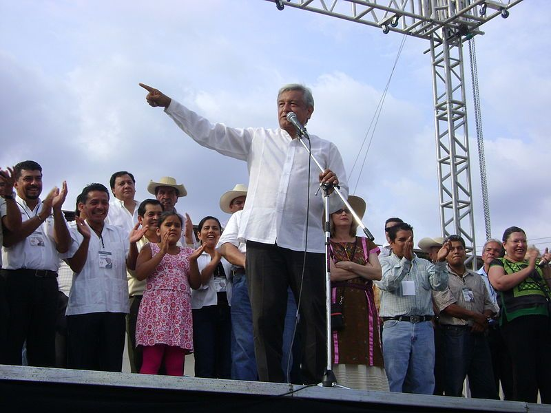 Mexico: conflict between AMLO and the bourgeoisie