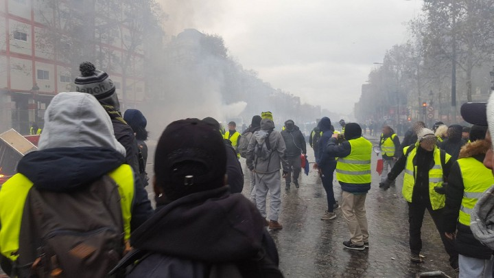Yellow vests editorial 1 Image Flickr Erder Wanderer