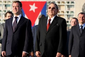 "The international capitalist media have speculated about whether Raul Castro, pictured here with Russian President Medvedev, is a proponent of a ""Chinese way"" for Cuba, that is, the progressive introduction of market measures that ultimately would lead to the restoration of capitalism. Photo by the Russian Presidential Press and Information Office."